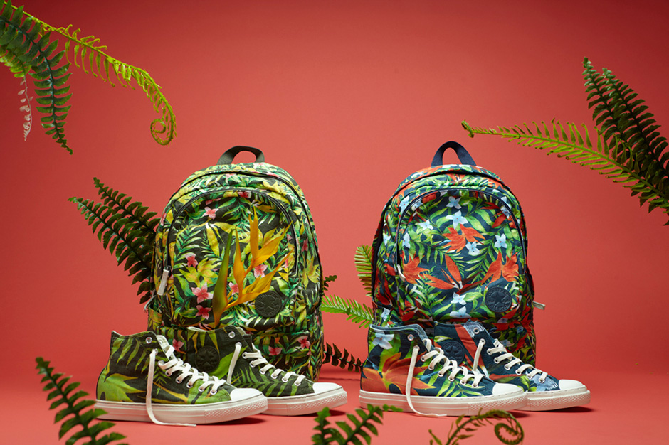 "Image of Converse Chuck Taylor All Star Specialty ""Hawaiian Print"" Collection"