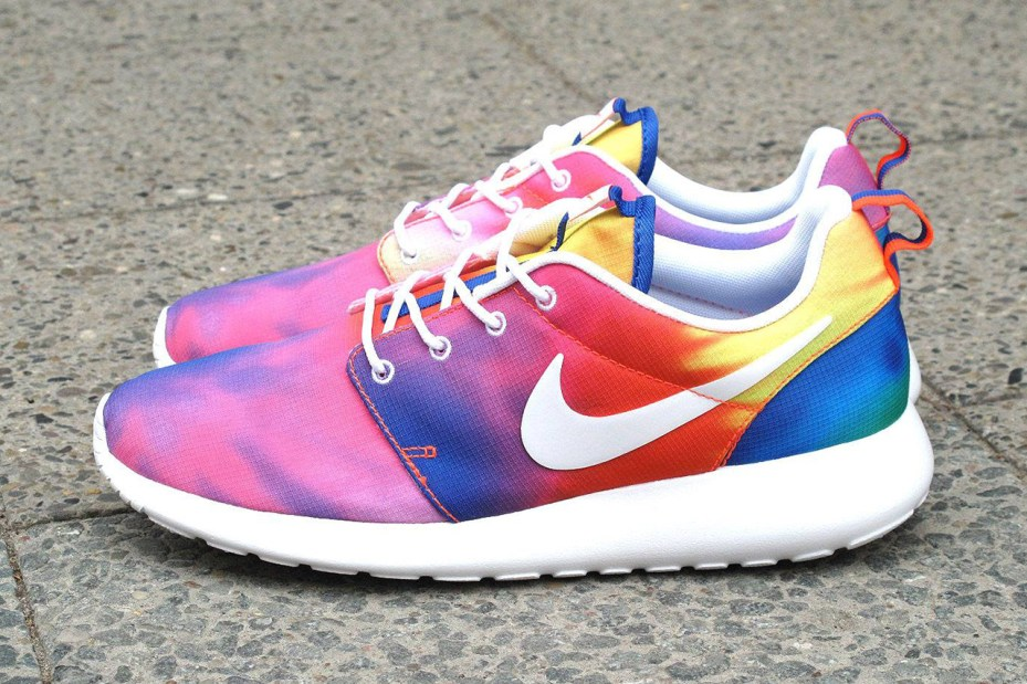 "Image of Nike Roshe Run ""Tie Dye"""