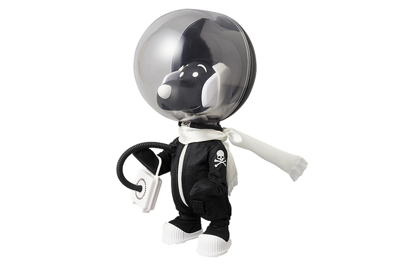 "Image of Snoopy x mastermind JAPAN ""ASTRONAUTS mastermind JAPAN Ver."""