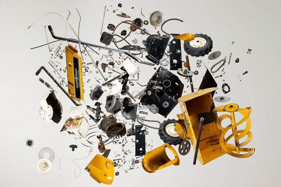 "Image of ""things come apart"" Exhibition Explores Deconstructed Daily Household Items"