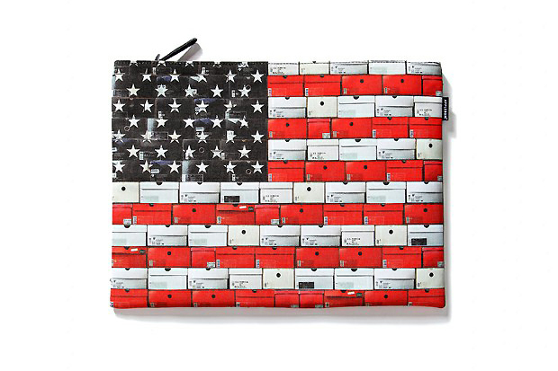 "Image of Applebum ""Stars & Stripes"" Clutch Bag"