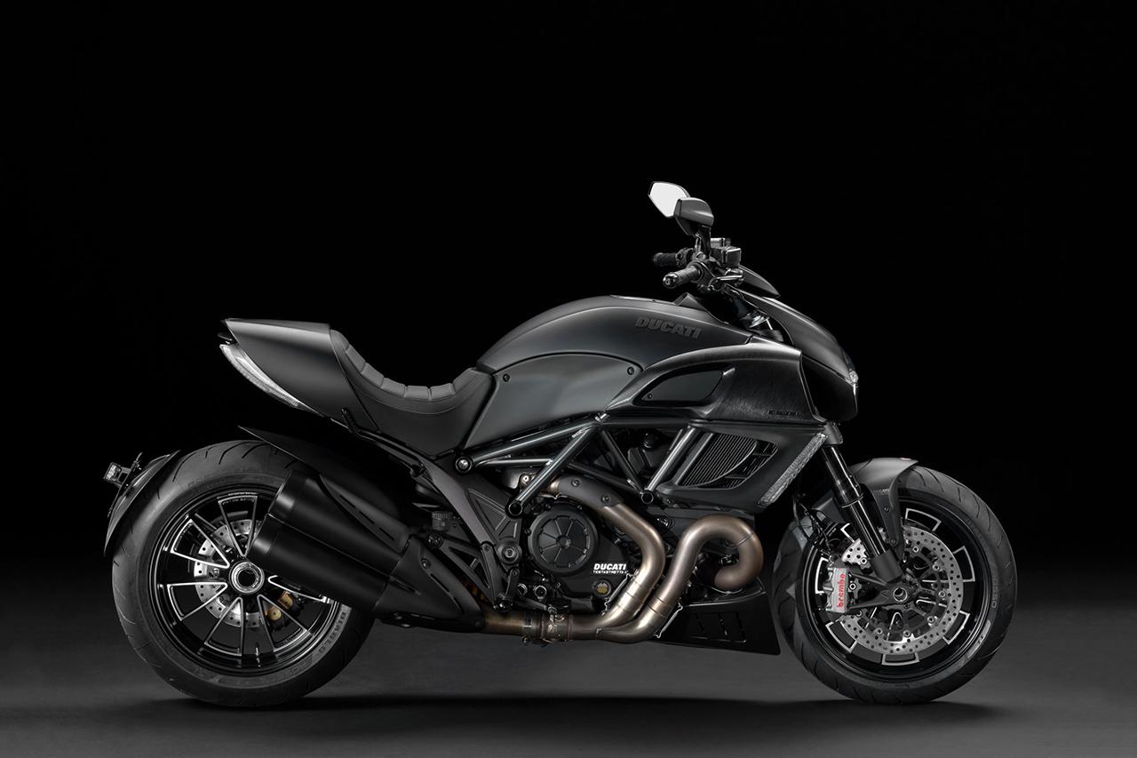 Image of Ducati Diavel Dark Motorcycle