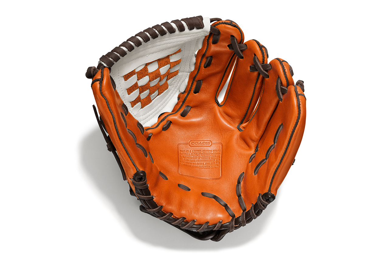 Image of Insignia Athletics for Coach Heritage Baseball Leather Color-Blocked Glove