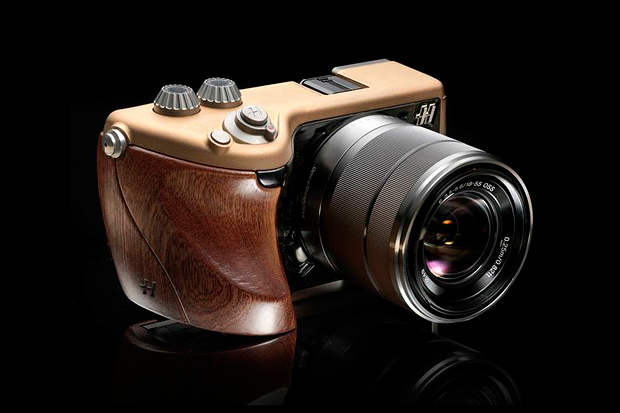 Image of Introducing the Hasselblad Lunar Camera