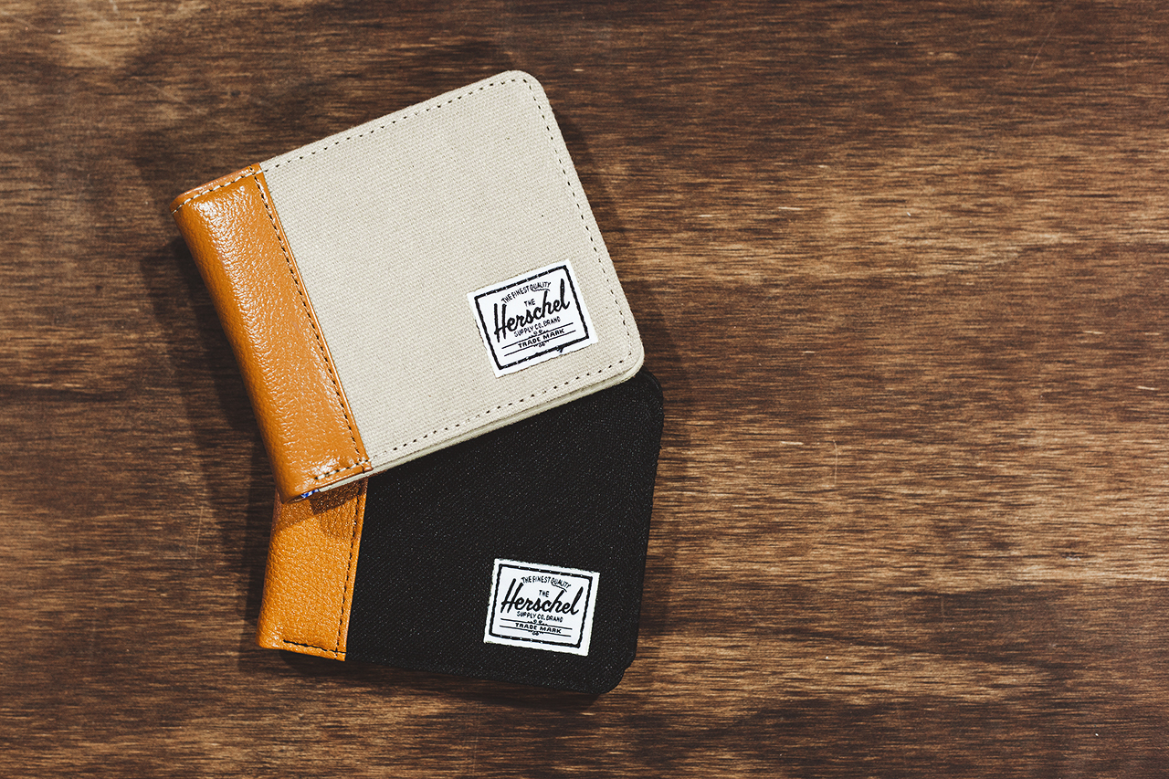 Image of Agenda LBC: Herschel Supply Co. 2014 Pebbled Leather Accessories