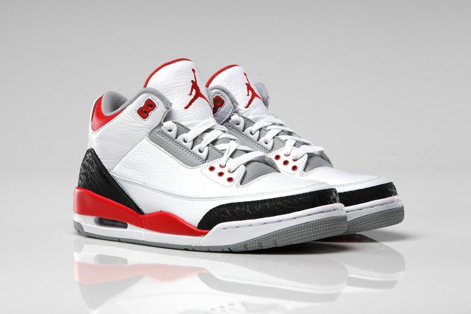 """Image of Air Jordan 3 Retro """"Fire Red"""""""