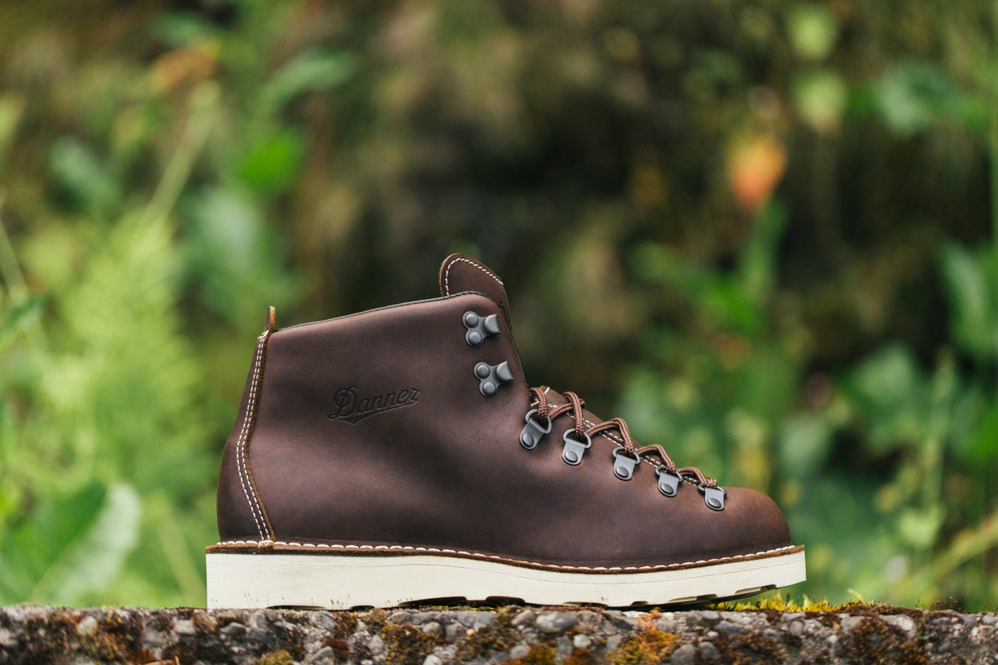 Image of COMME des GARÇONS x Danner 2013 Fall Mountain Light Boot