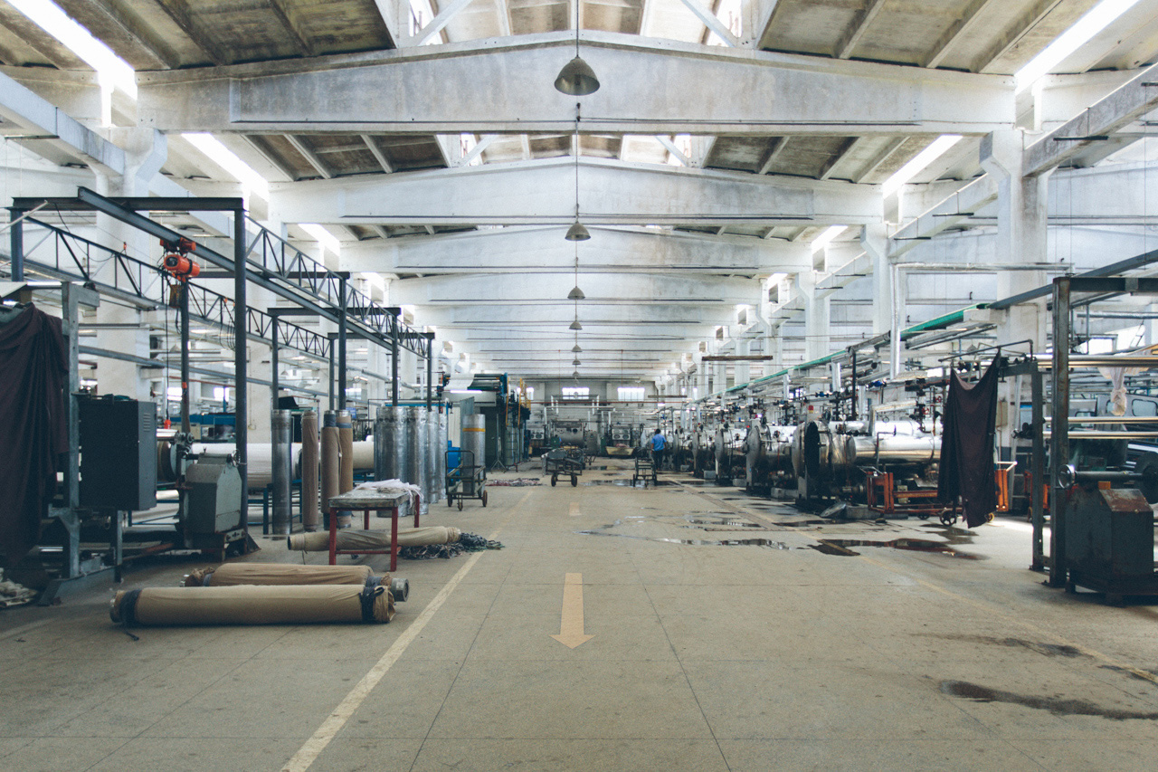 Image of Everlane Presents a Look Into Its Chinese Factories