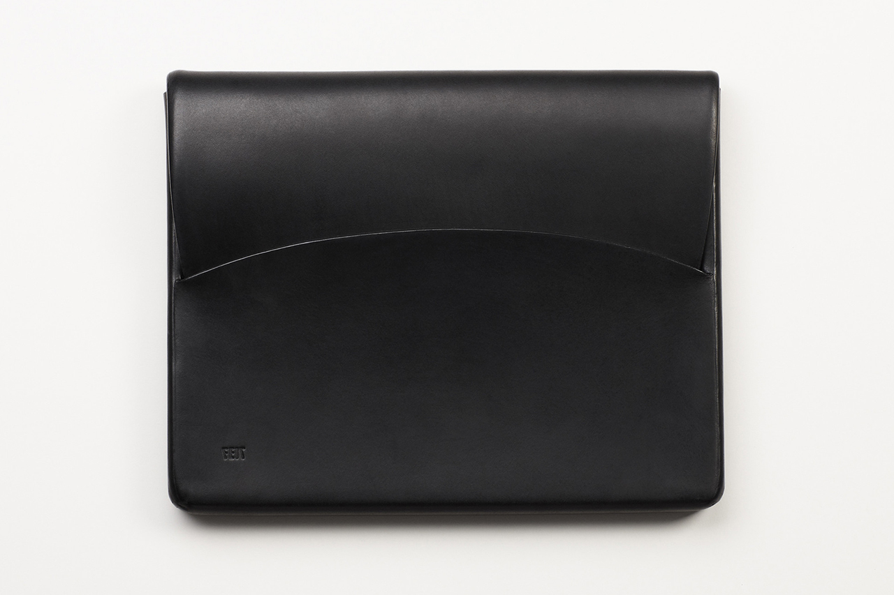 Image of FEIT Hand Moulded Leather iPad Case