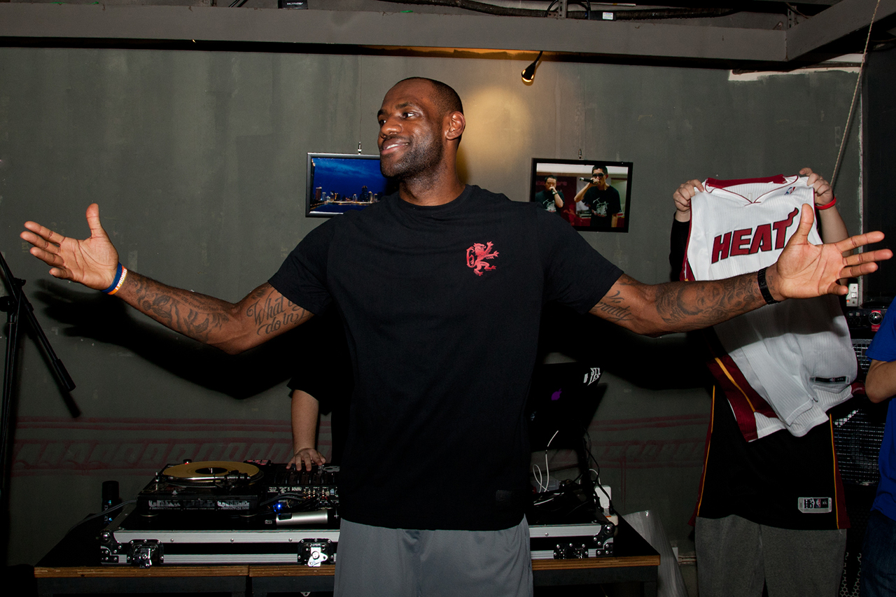 Image of LeBron James Talks Style, LeBron Retros and His Next Signature