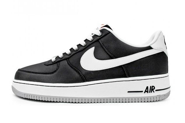 "Image of Nike Air Force 1 Low ""Vandal"" Black/White"