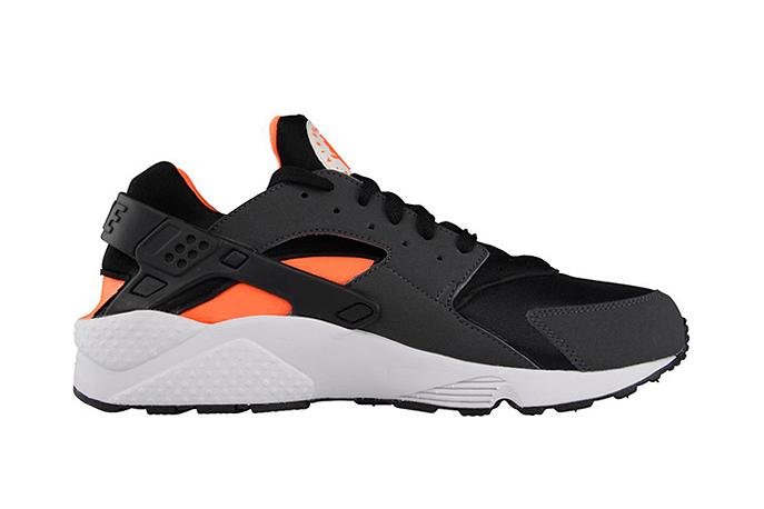 Image of Nike Air Huarache Total Orange/Black