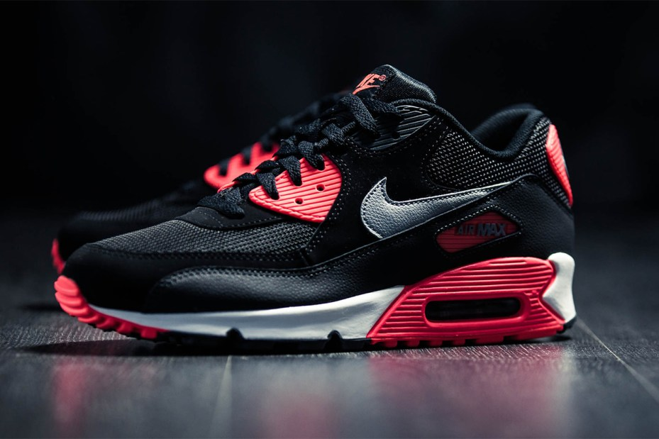 "Image of Nike Air Max 90 Essential ""Infrared"""