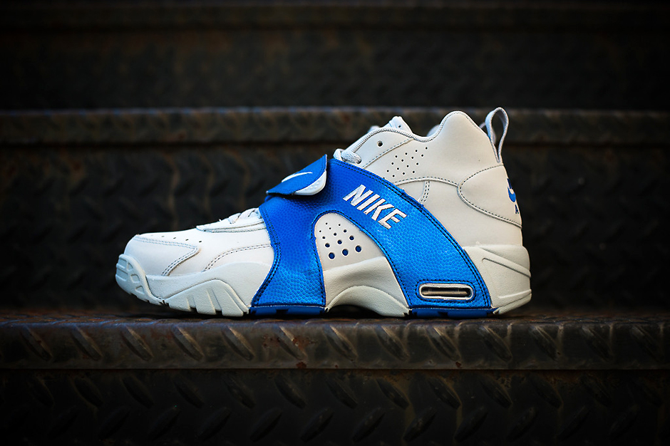 Image of Nike Air Veer Wolf Grey/Game Royal