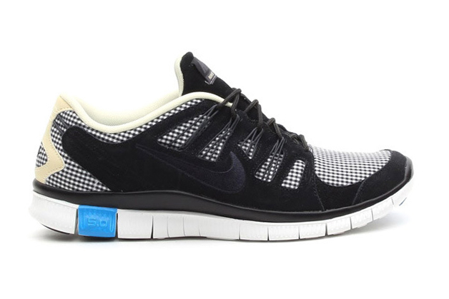 "Image of Nike Free 5.0 EXT QS ""Gingham"" Pack"
