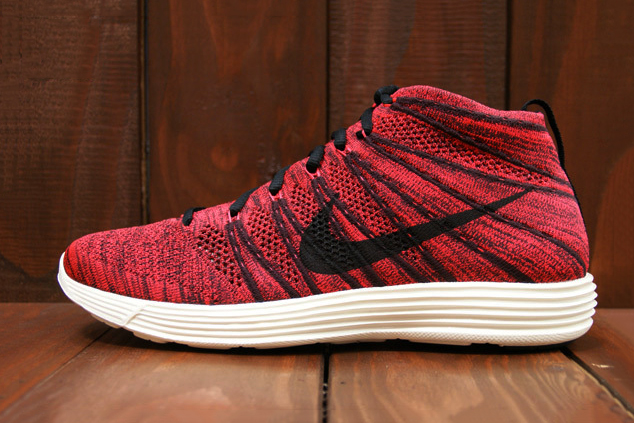 Image of Nike Lunar Flyknit Chukka Deep Burgundy/Bright Crimson
