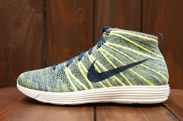 Image of Nike Lunar Flyknit Chukka Squadron Blue/Electric Yellow