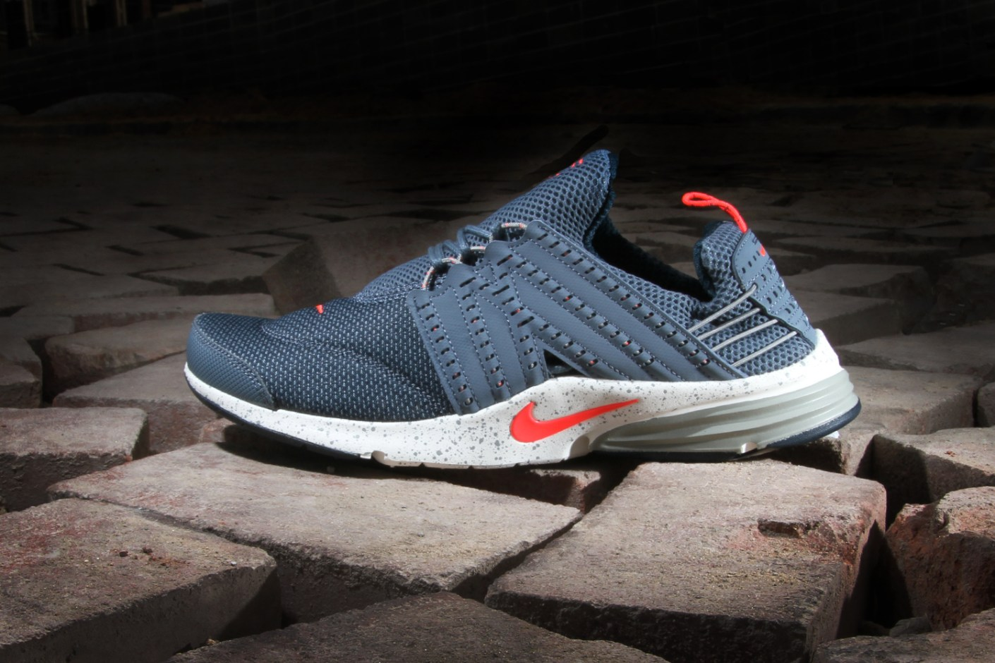 Image of Nike Lunar Presto Armory Slate/Atomic Red