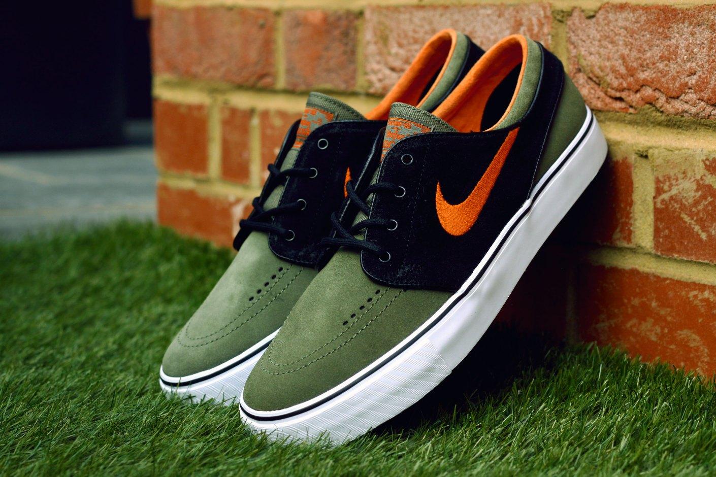 Image of Nike SB Zoom Stefan Janoski Medium Olive/Urban Orange-Black