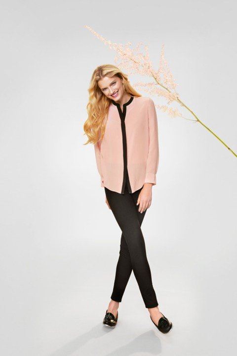 Image of UNIQLO's Silk and Cashmere Campaigns Starring Chloe Sevigny, Lily Donaldson, Jeremy Everett and Ryan McGinley
