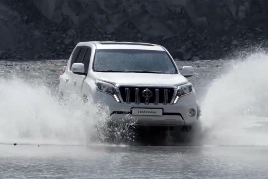 Image of 2014 Toyota Land Cruiser Prado