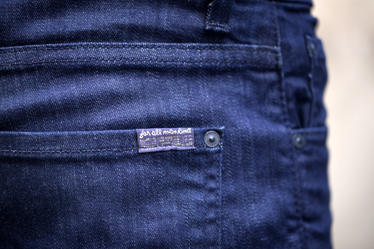 Image of A Day with 7 For All Mankind's Luxe Performance Denim