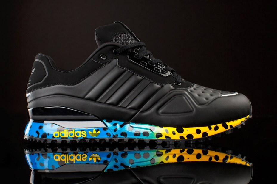 Image of adidas Original T-ZX Runner AMR