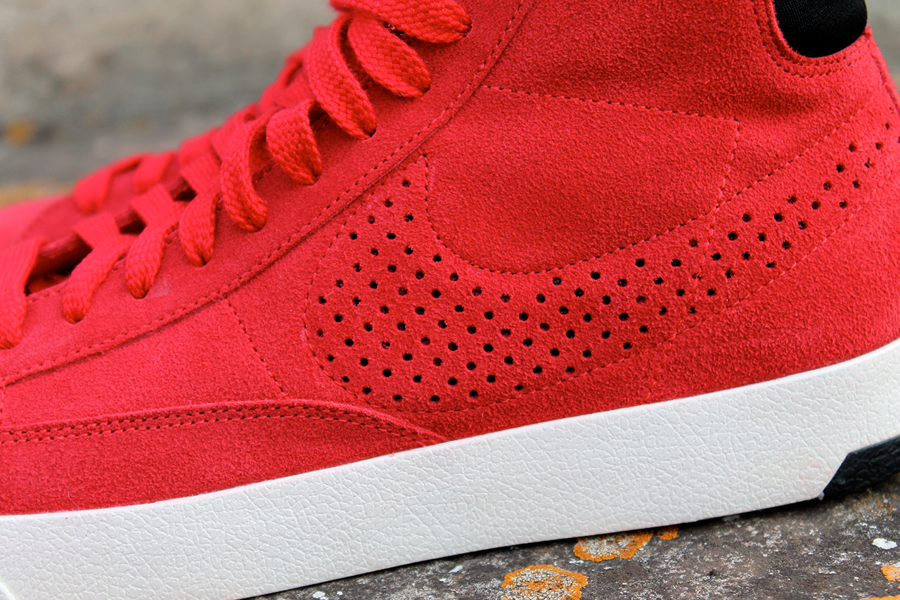 Image of A Closer Look at the Nike 2013 Fall/Winter Blazer Lux