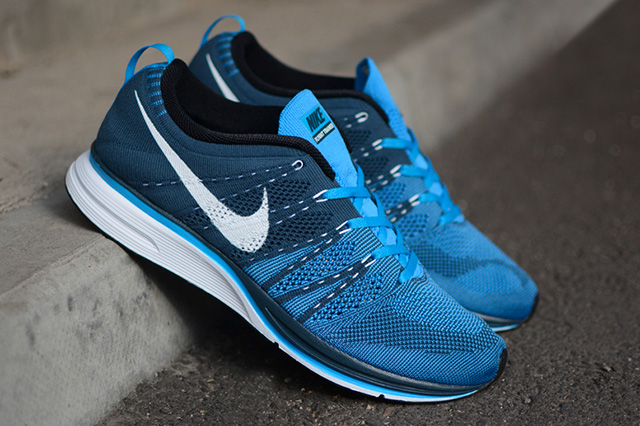 Image of Nike Flyknit Trainer+ Squadron Blue/White-Blue Glow