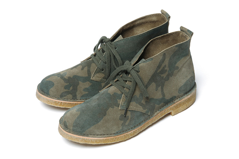 Image of SOPHNET. 2013 Fall/Winter SUEDE CHUKKA BOOTS