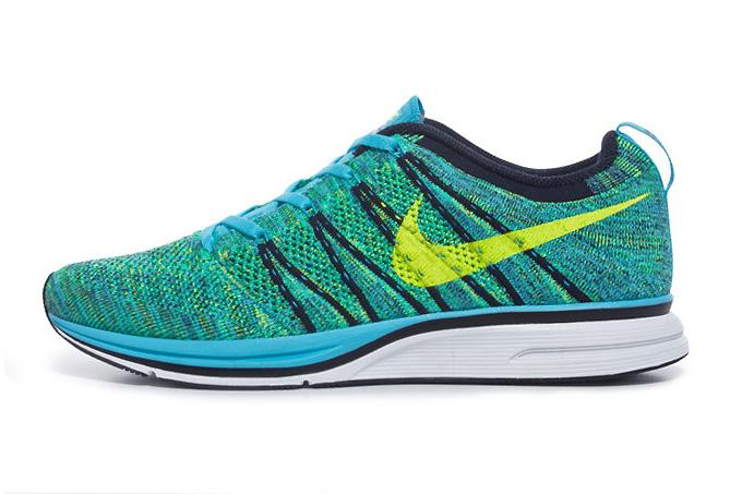 Image of Nike Flyknit Trainer+ Chlorine Blue/Volt-Dark Obsidian