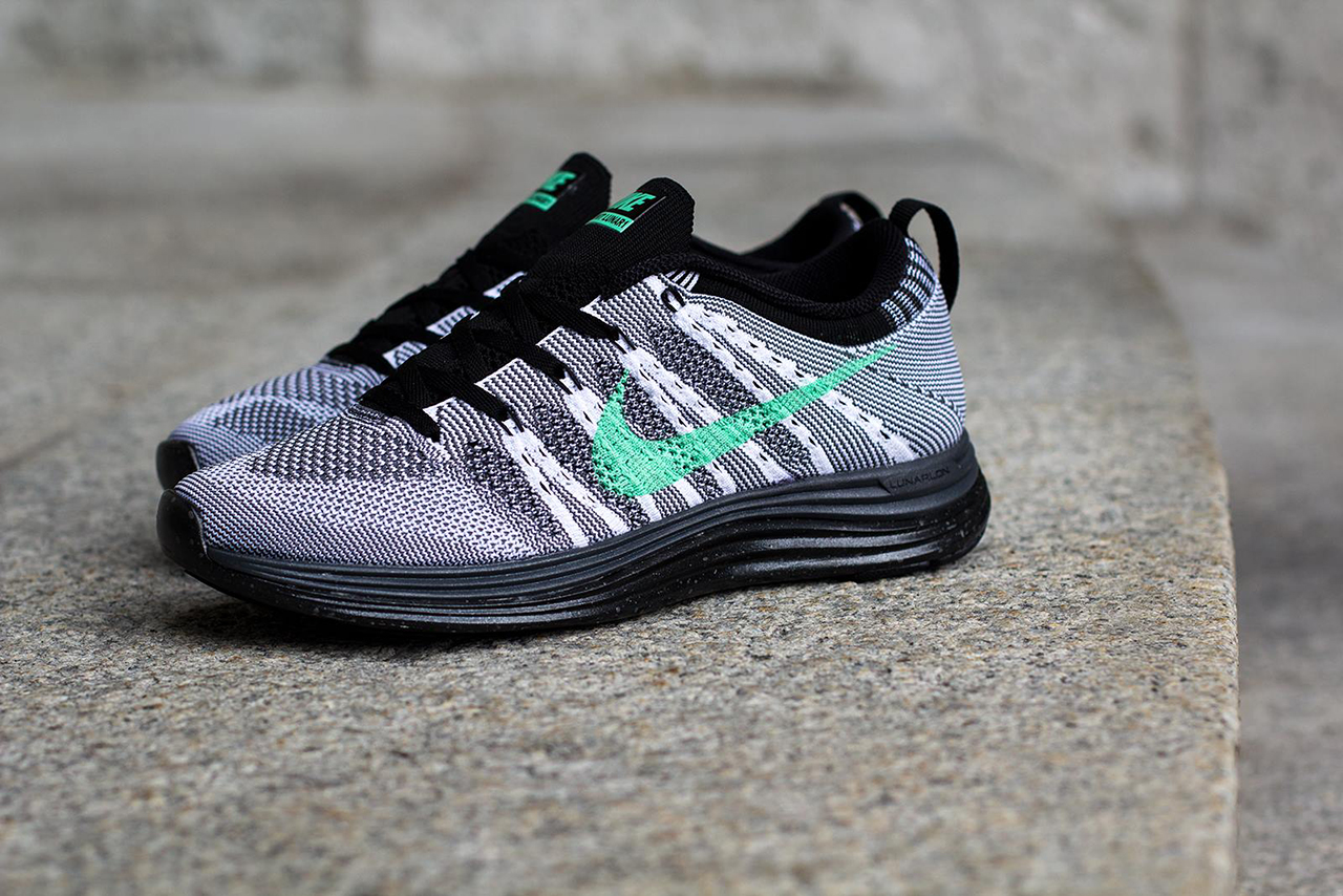 Image of Nike WMNS Flyknit Lunar 1+ White/Green Glow-Dark Grey-Black