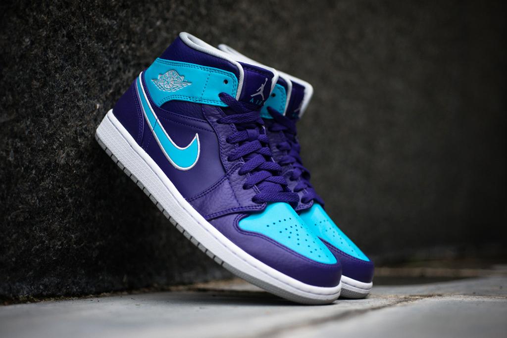 Image of Air Jordan 1 Mid Purple/Gamma Blue