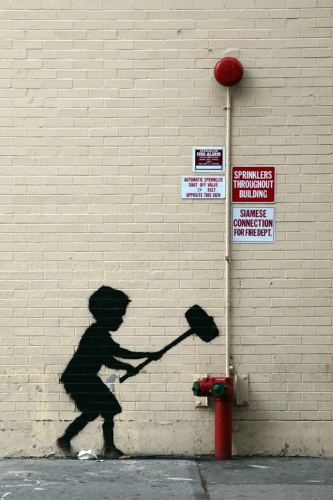 "Image of Banksy's ""Better Out Than In"" Hits New York's Upper West Side"