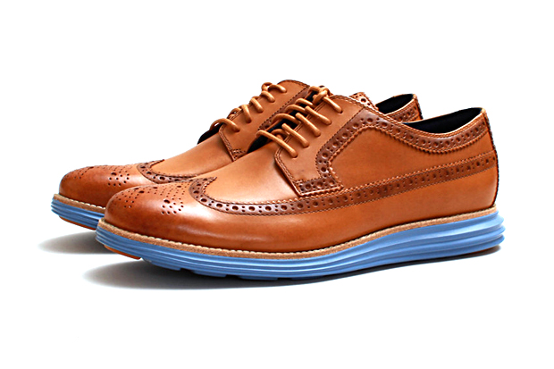 "Image of Cole Haan Lunargrand Long Wingtip ""Camello"""