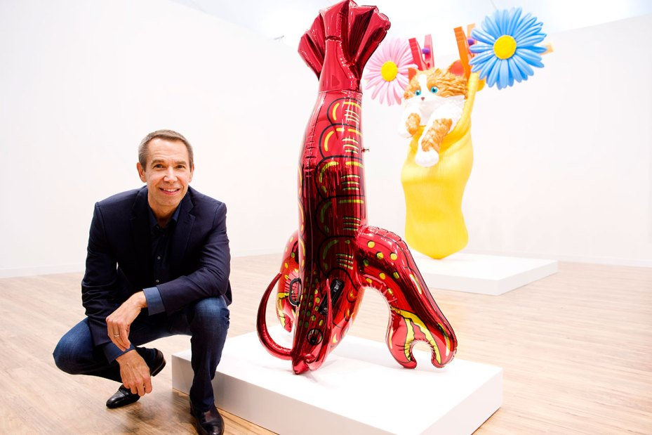 Image of Jeff Koons Visits Gagosian Stand at Frieze Art Fair in London