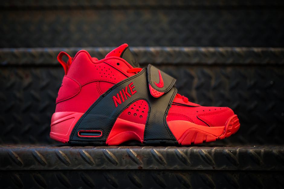 Image of Nike Air Veer University Red/Black