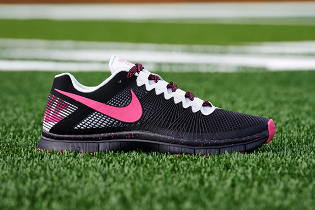 "Image of Nike Free Trainer ""Breast Cancer Awareness"" Pack"