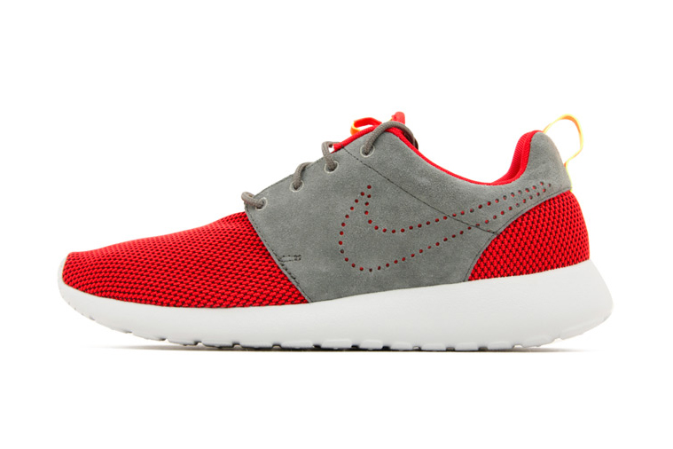 Image of Nike Roshe Run Challenge Red/Dark Pewter