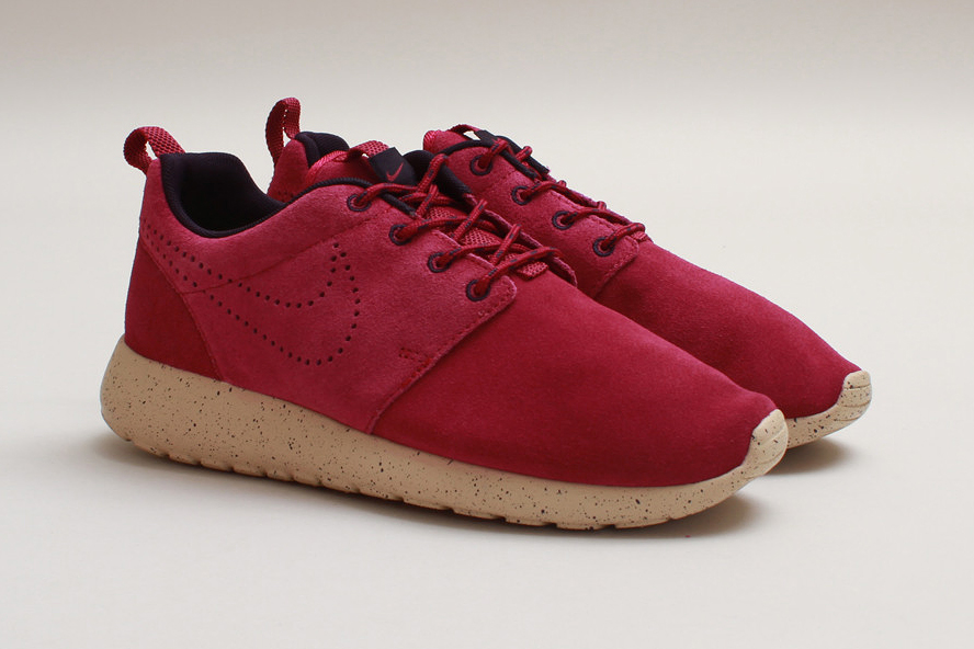 "Image of Nike WMNS Roshe Run Suede ""Raspberry Red"""