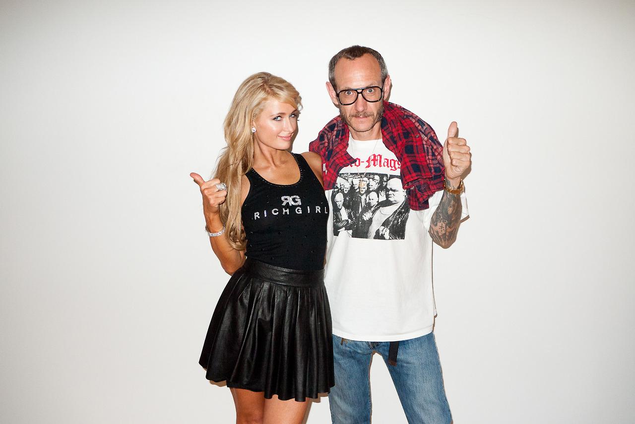 Image of Paris and Nicky Hilton Visit Terry Richardson's Studio