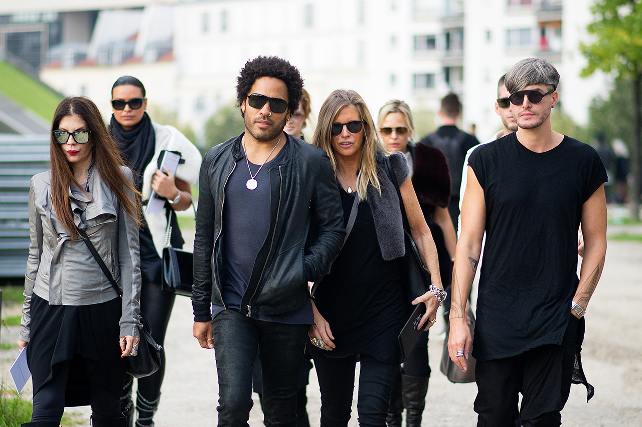 Image of Streetsnaps: Paris Fashion Week October 2013