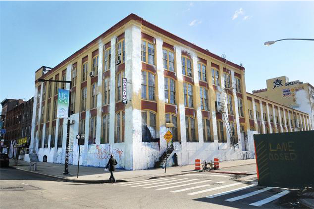 Image of 5Pointz Building Owner Defends Whitewashing Decision