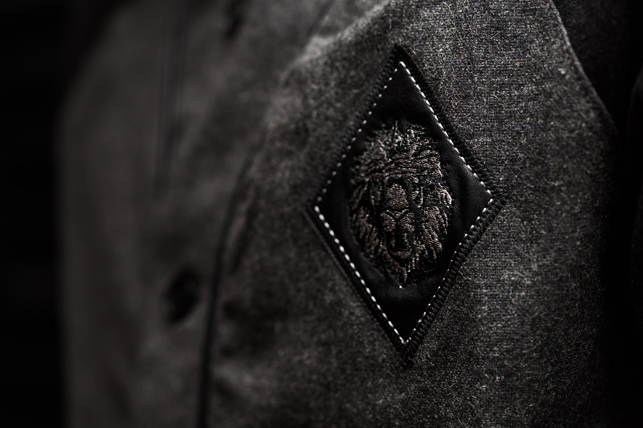 "Image of Aura Gold 2013 Fall/Winter ""The Black Collection"""
