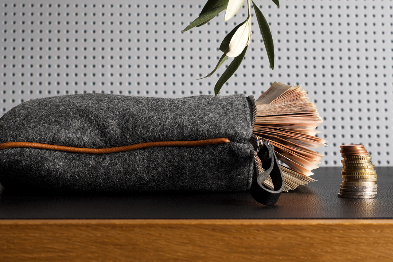 Image of hard graft Small Personal Pouch