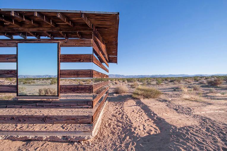 Image of Lucid Stead Transparent Cabin