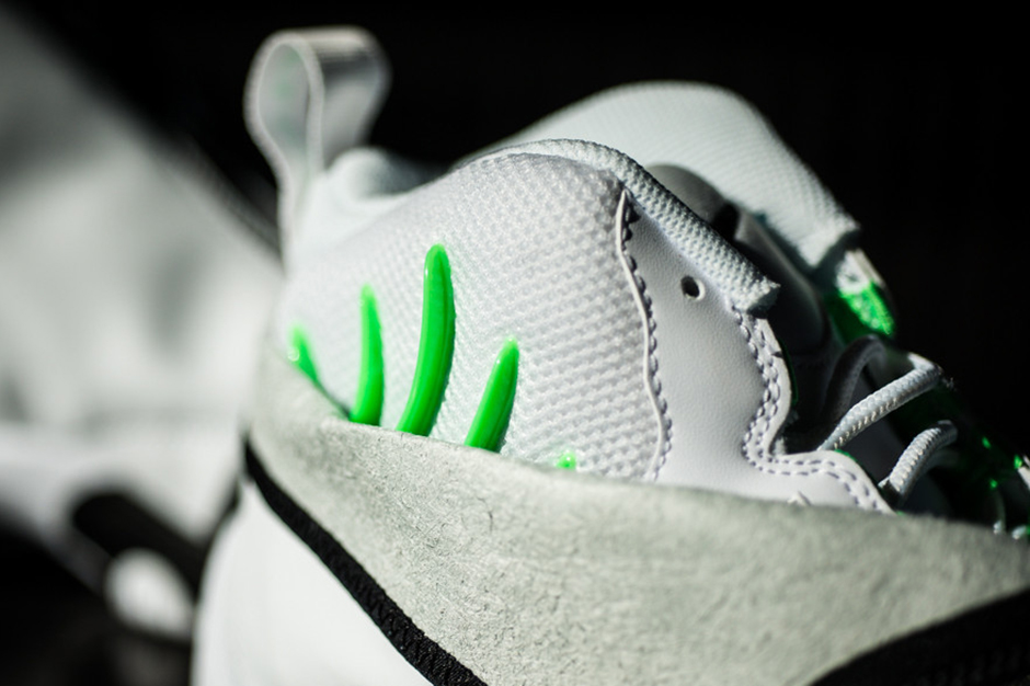 "Image of Nike Air Zoom Flight ""The Glove"" SL White/Black-Poison Green"