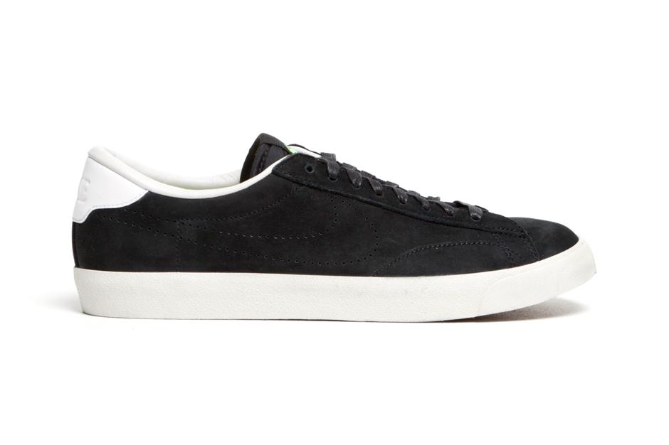 Image of Nike Tennis Classic AC Premium Black