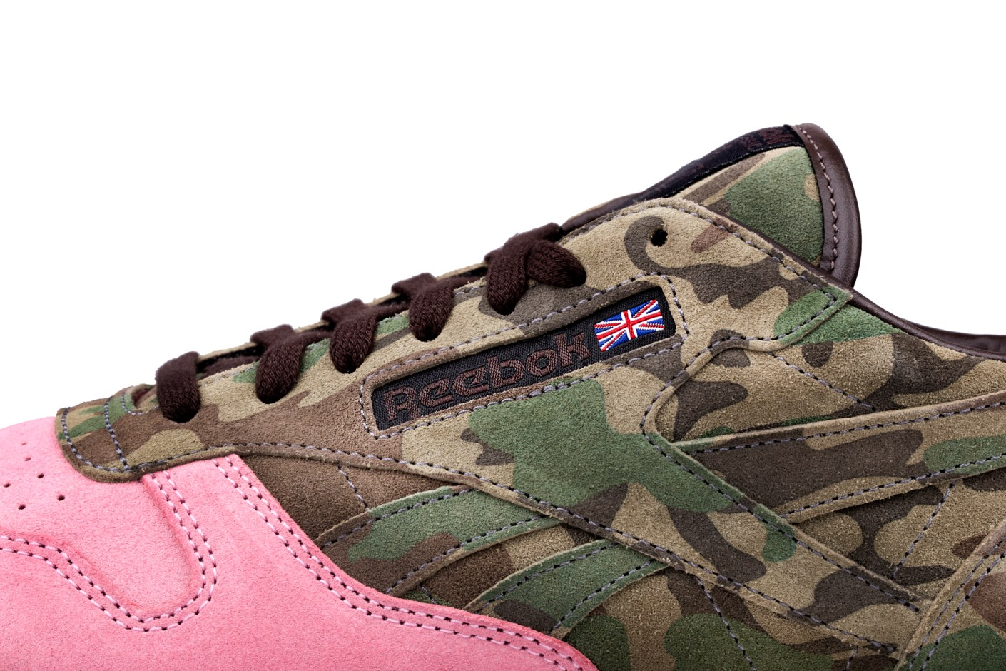 "Image of Shoe Gallery x Reebok Classic Leather 30th Anniversary ""Flamingoes at War"""