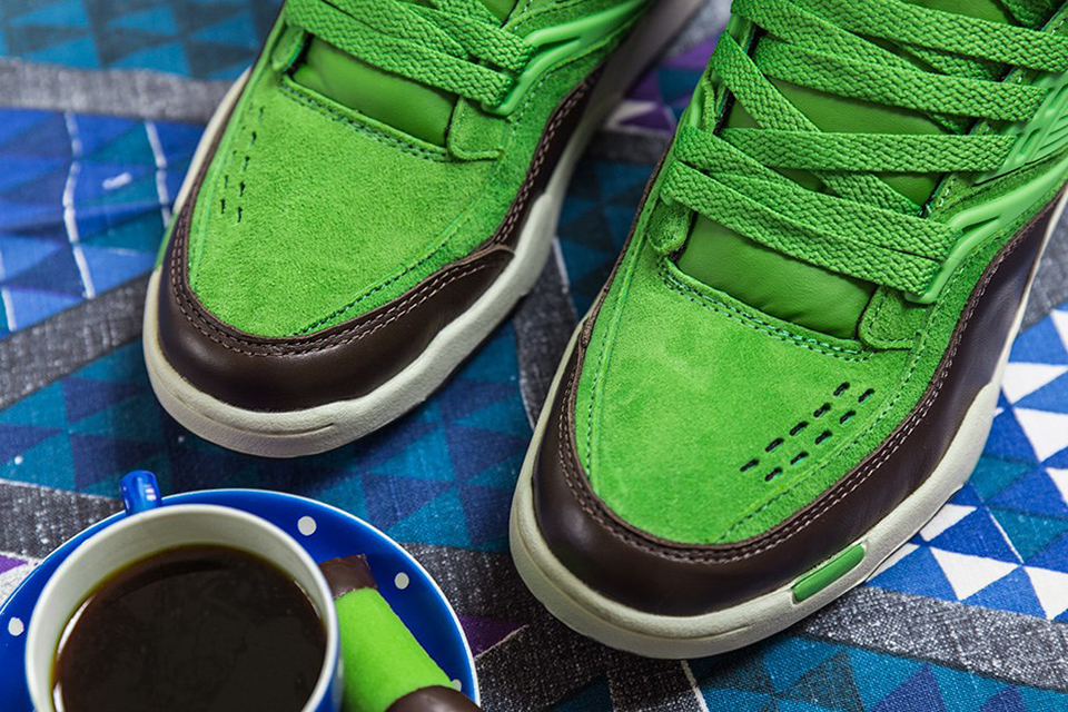 "Image of Sneakersnstuff x Reebok Pump Twilight Zone ""Punschrulle"""